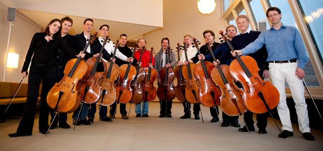 Die_12_Cellisten_der_Berliner_Philharmoniker_photo_1