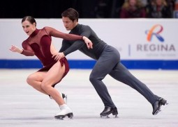 https://www.barrietoday.com/national-sports/canadians-virtue-and-moir-take-ice-dancing-gold-at-skate-canada-751786